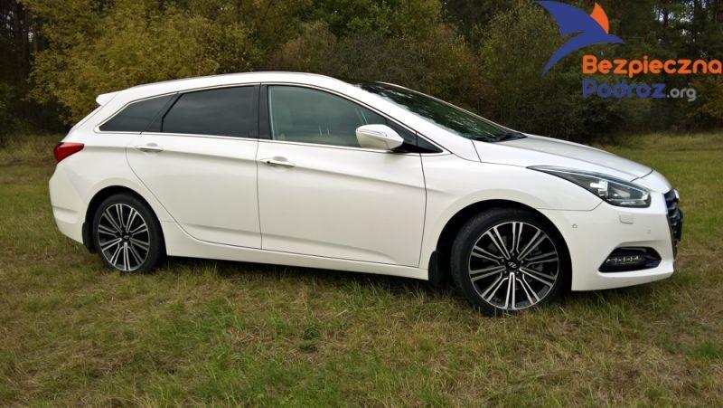 bezpieczny zakup auta stereotypy Hyundai i40 czy Kia Optima
