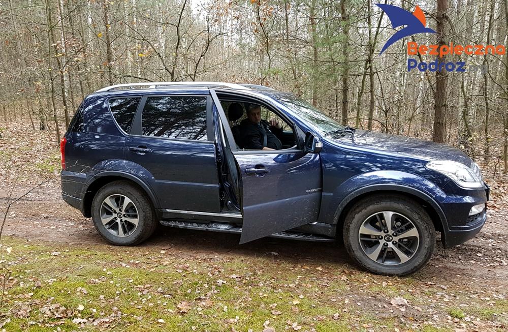 Bezpieczny zakup auta SsangYong Rexton czy LandCruiser
