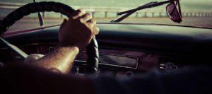 Mężczyźni za kierownicą