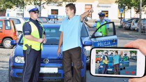 Filmowanie policjanta