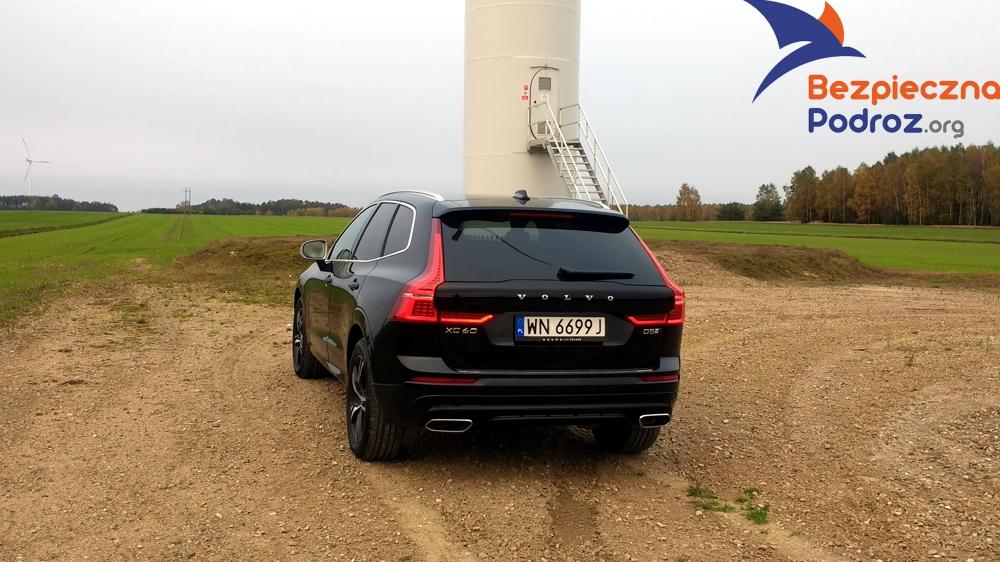 Volvo XC60 D5 R design i Wideorejestrator Mio MiVue 786 WiFi