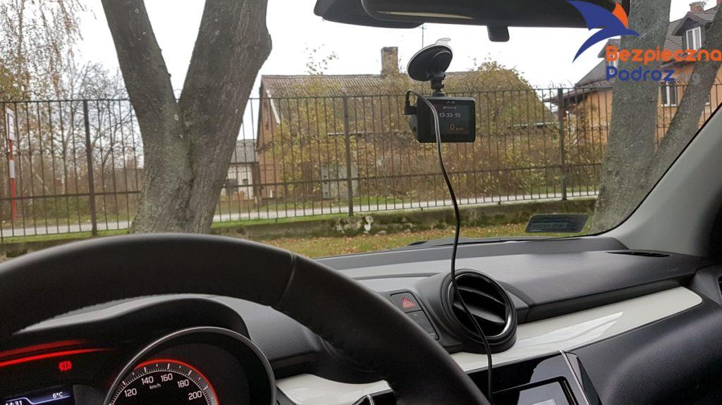 Suzuki Swift 1.0 BOOSTERJET 2WD 6AT oraz Wideorejestrator Mio MiVue 786 WiFi