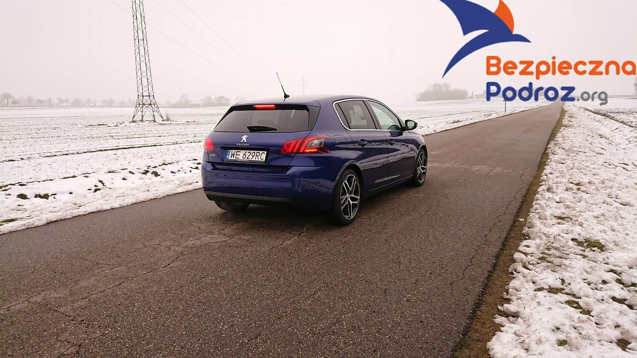 Peugeot 308 PureTech 130 EAT6 i wideorejestrator Mio MiVue 786 wifi