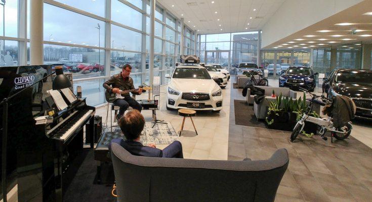 salon samochodowy INFINITI