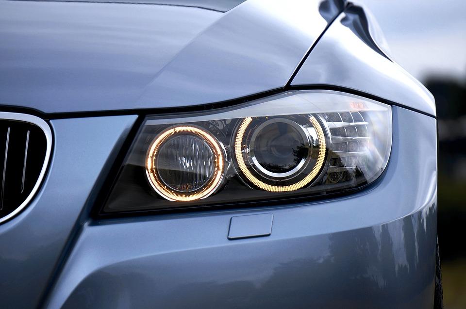 Tuning oświetlenia w samochodzie