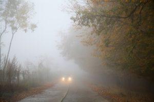 Jazda we mgle - o czym musisz pamiętać?