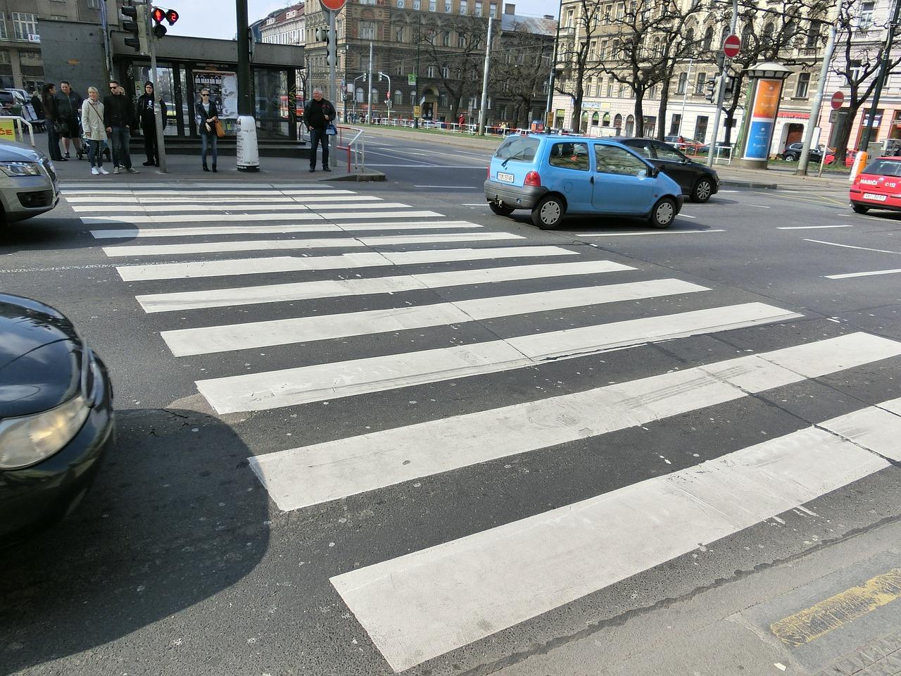 Zadbaj o bezpieczną drogę do pracy i szkoły