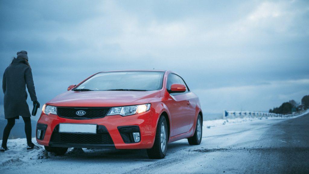 zimowe wyposażenie samochodu