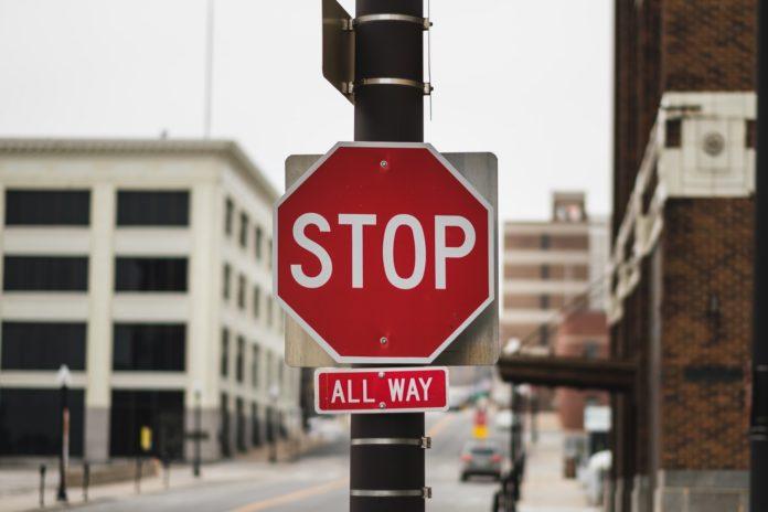 Historia znaków drogowych