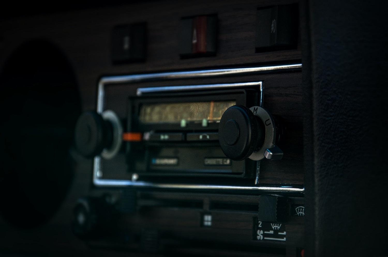 historia radia samochodowego