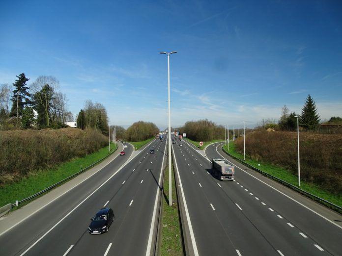 nowy system poboru opłat drogowych