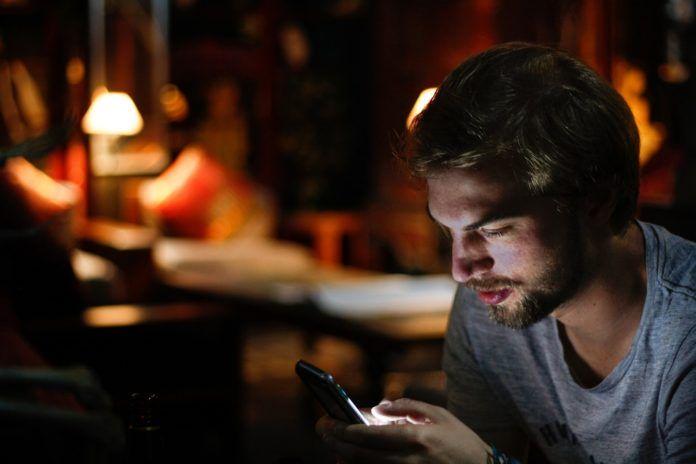 Uzależnienie od smartfonu